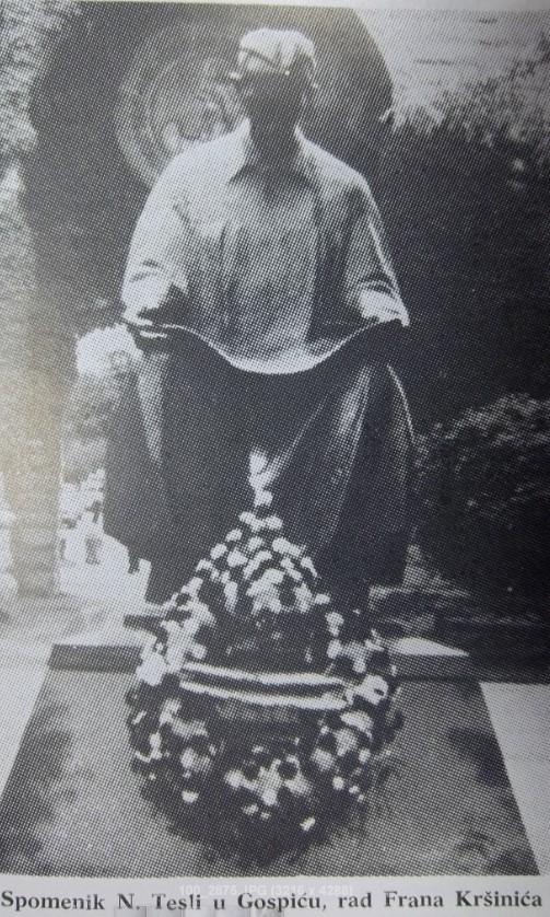 Teslin spomenik